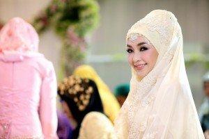 Женщина в Библии и Коране